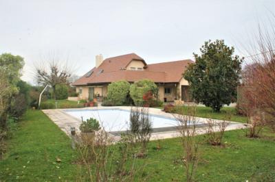 Maison Serres Castet 7 pièce(s) 180 m2