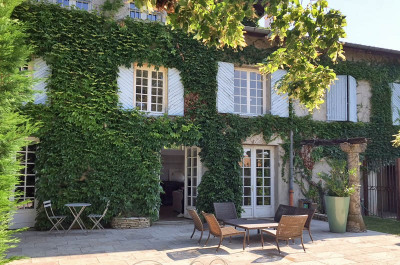 Maison Saint-genis-les-olliÈres 6 pièce(s) 231.20 m2