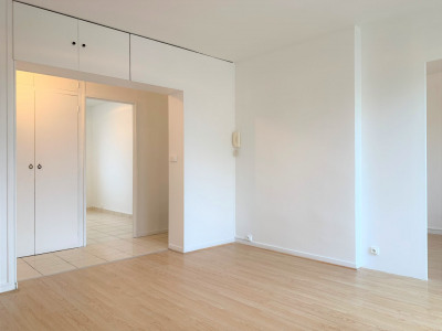 F4 rénové de 60m² avec balcon, cave et parking
