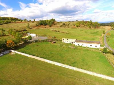 Bâtiment à usage agricole sur 4500m² constructible