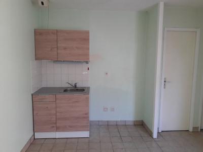 Studio - 20 M² -280 euros CC