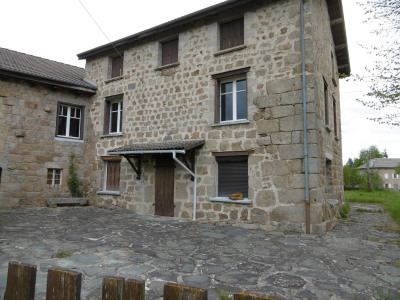 Stone-built property 18 rooms