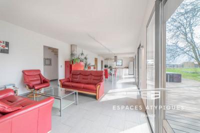 Maison contemporaine lumineuse et spacieuse
