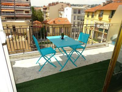 Appartement Nice 3 pièce (s) 98 m² avec 2 belles te