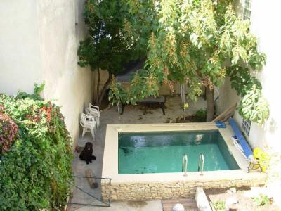 Sorgues - Maison 6 chambres, piscine