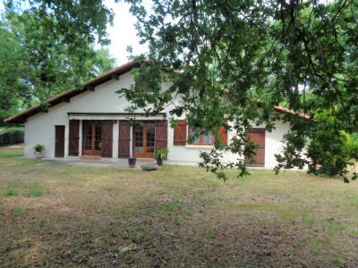 Villa dans airial 2000 m²