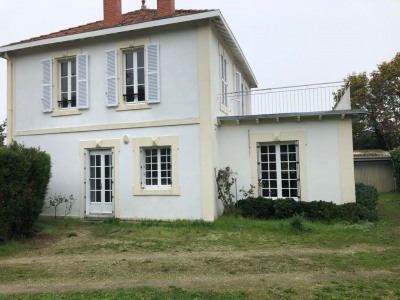 Maison à louer T6 147 m² à La Rochelle