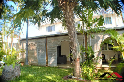 Maison Saint Pierre 4 pièce (s) 167 m²