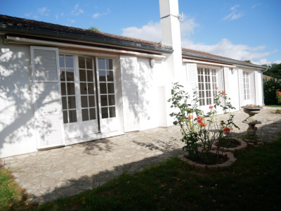 Maison Saint Nom La Breteche 7 pièce(s) 185 m2