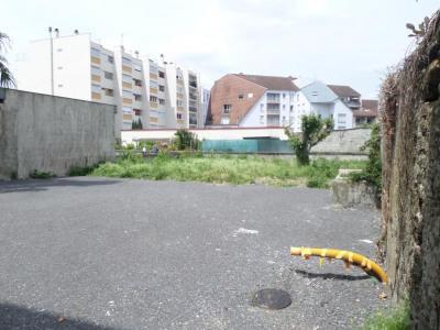 Terrain pau - 235.8 m²