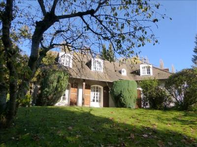 Maison familiale, 145 m² - Crespieres (78121)
