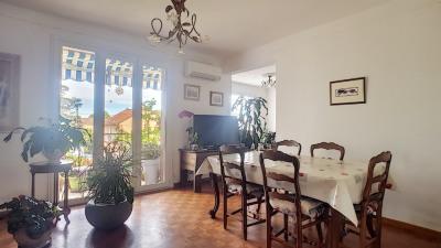 Appartement Carpentras 3 pièce (s) 75 m² avec garage et cave