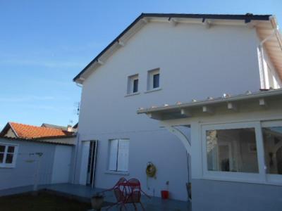 Maison Oloron Sainte Marie 9 pièce (s) 213 m²