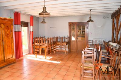Maison Bedee 7 pièce(s) 310 m2