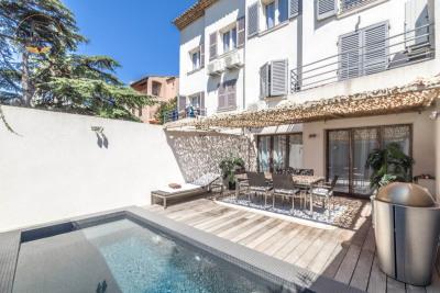 Unique Apartment Downtown Sainte Maxime