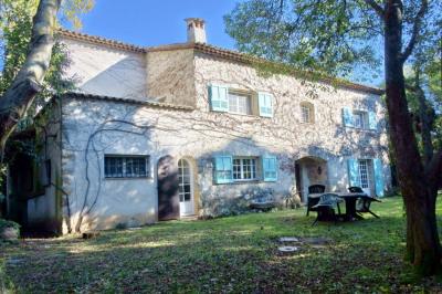 Maison Mougins 8 pièce (s) 317.85 m² Mougins