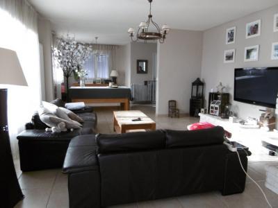 Maison familiale 261 m²