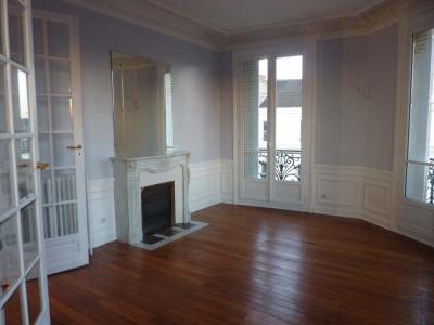 Appartement de caractère FONTAINEBLEAU - 4 pièce (s) - 97.99 m²
