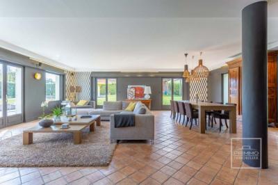 Maison Saint cyr au mont d'or 7 pièces 340 m²