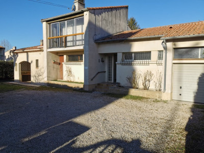 Bouc bel air s/900 m² villa T4 + garage