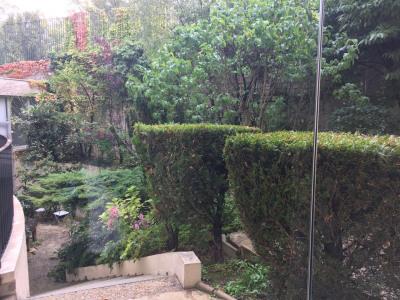 Appartement 2 pièces très calme sur une impasse et jardin