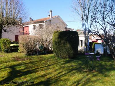 Maison de village laugnac - 4 pièces - 104 m²