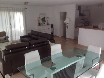 Maison Blanquefort 122.03 m² à louer
