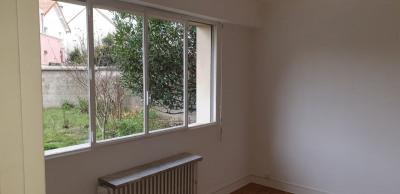 Appartement studio refais a neuf