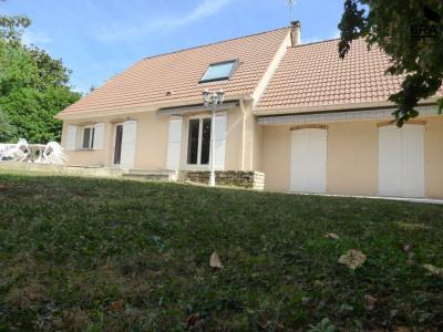 Maison Lesigny 8 pièce (s) 244 m²