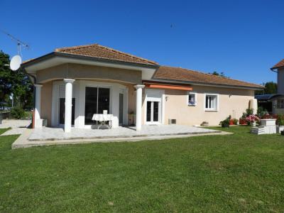 Maison plain-pied sur 860 m² terrain