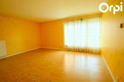 Appartement 50 m des commerces