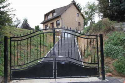 Maison individuelle / 4 pièces / 100 m²