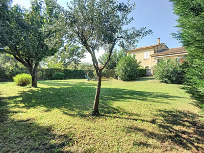 À acheter à Sorgues (84): grande maison avec terrasse
