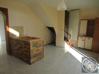 Maison ville - 3 pièce (s) - 80 m²