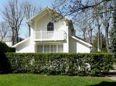 Maison ancienne - Entrée de Parc -