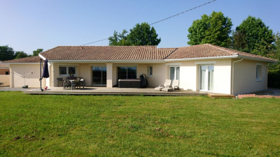 Maison CONTEMPORAINE 6 pièces 142 m² + double ga