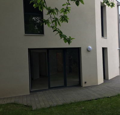 Maison Neuve blvd Schuman/parc de la gaudiniere