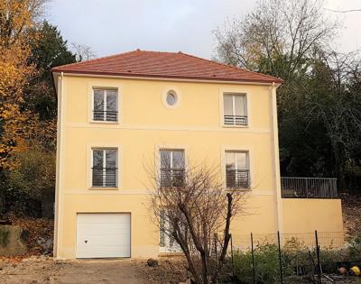 Maison 6 pièce (s) 163 M²