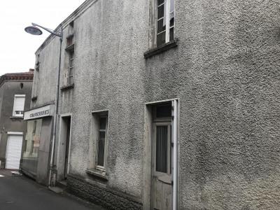 Maison montrevault - 9 pièce (s) - 200 m²