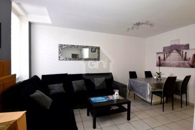 Appartement T3 Village de Saint Henri dans immeuble Marseill