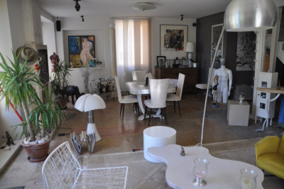 Maison Pralon 6 pièce(s) 330 m2