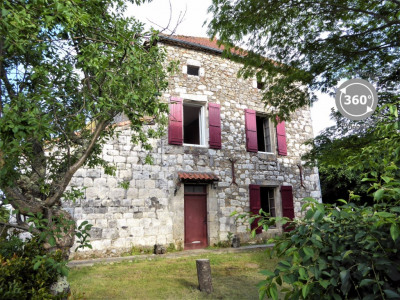 MAISON DE VILLAGE ST SALVY - 5 pièce(s) - 195 m2