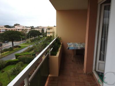 Bormes les Mimosas à vendre appartement proche de la mer