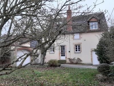 Maison bourgeoise avec jardin et garage; ~Proximité de bourg