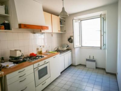 Appartement 2ème gauche