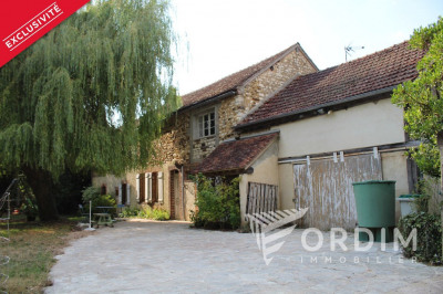 Maison ancienne 6 pièce (s) - Dépendances - Terrain 1255 m²