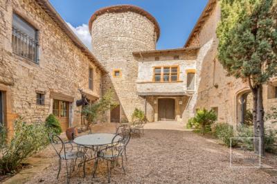 Maison chazay d'azergues 19 pièces 1214 m²