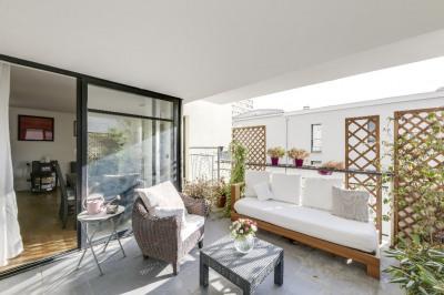 Appartement esprit loft 59m² + 20m² terrasse SO + box et cave