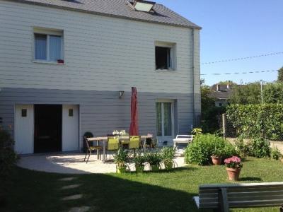 Tours - jolie maison T5 entièrement rénovée avec grand jardin