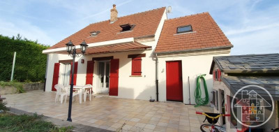 Maison compiegne - 5 pièce (s) - 105 m²